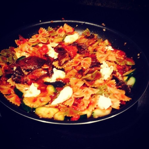 Bow ties with roasted portobellas and zucchini topped off with fresh mozzarella. Yum