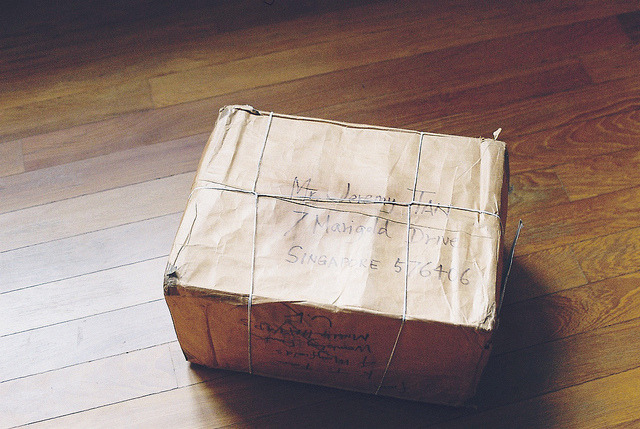tiptoethroughthesky:  Parcel. by theseyoungarchies on Flickr.