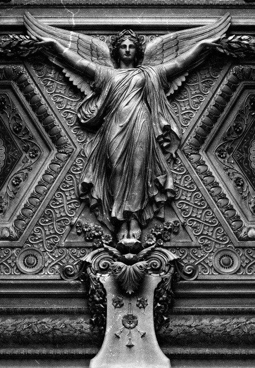 blvckrvin:  The Louvre Ceiling - Paris, France