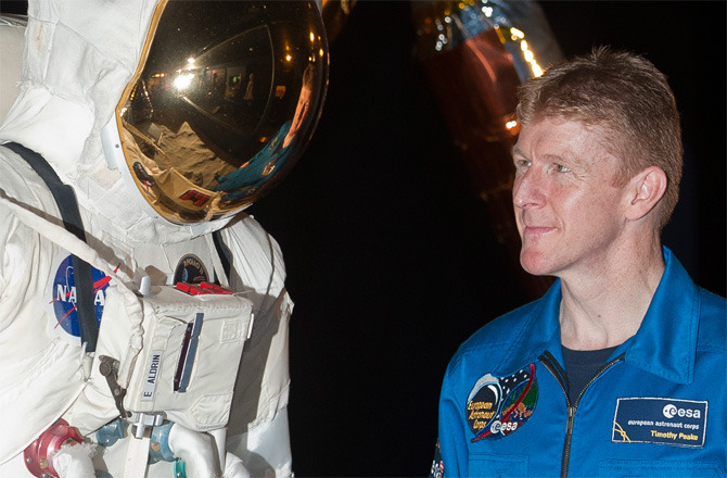discoverynews:  UK to Send First Astronaut to Space Station Introducing Major Tim!