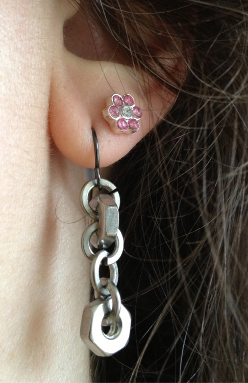 No, YOU string lock washers and nuts together into an earring, and then pair them with a sweet pink sparkly flower.