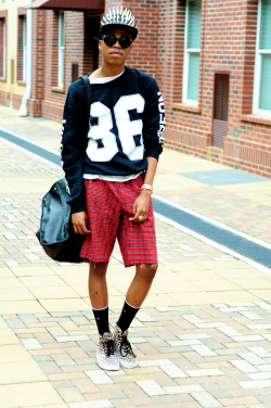 blackfashion:  http://griztriz.blogspot.com