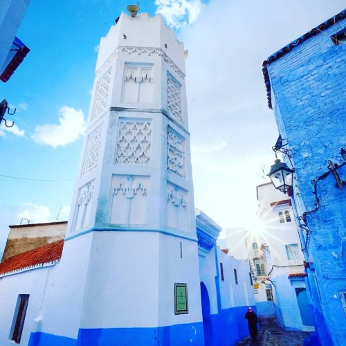 The gem of Morocco 🇲🇦 💙~ double tap ♥️ • Follow @mymoroccantravel for more exclusive content! • 📍Chefchaouen, Morocco  #travellust #reiseblog #travelpassion #travelmoments #trip #travel #traveling #travelarg #morocco #mymoroccantravel travel #moroccotrip #bestofmorocco #moroccovacations #moroccolifestyle #travelmorocco #moroccophotography #moroccoadventure #moroccanstyle #africa #travellingmorocco #chefchaouen #شفشاون #switzerland #thebluepearlchefchaouen #chefchaouene #الجوهرة #المغرب_العربي https://www.instagram.com/p/COVK6renqyf/?igshid=1roe3lgxwqush #travellust#reiseblog#travelpassion#travelmoments#trip#travel#traveling#travelarg#morocco#mymoroccantravel#moroccotrip#bestofmorocco#moroccovacations#moroccolifestyle#travelmorocco#moroccophotography#moroccoadventure#moroccanstyle#africa#travellingmorocco#chefchaouen#شفشاون#switzerland#thebluepearlchefchaouen#chefchaouene#الجوهرة#المغرب_العربي
