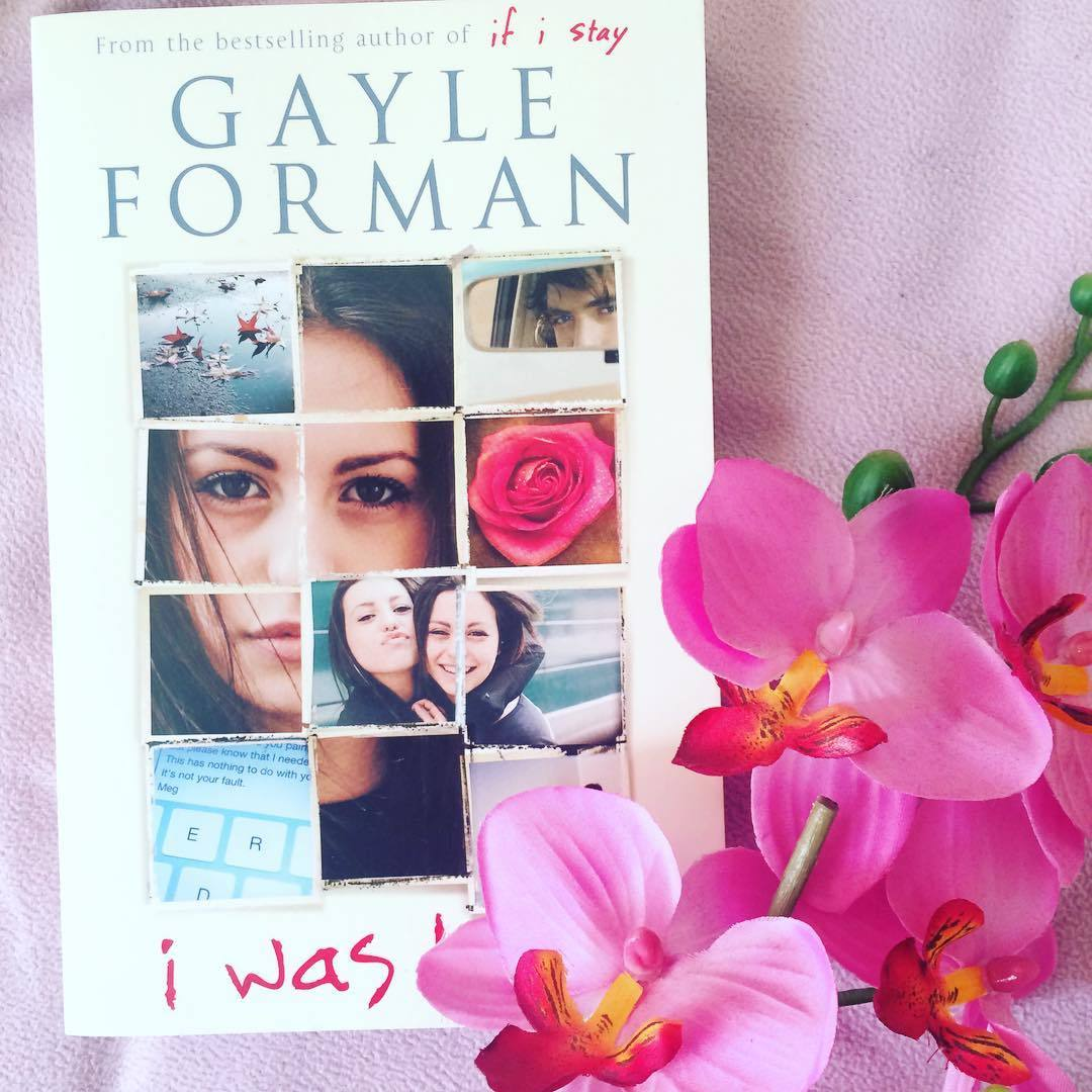 noratheauthor:  I think after I finish the Bloodlines series I'm going to read this book. It's been on my TBR list for a while now. This is 'I Was Here' by Gayle Forman.  By the way I'm really into flowers at the moment I think they're really pretty.  ✌🏼️📚  [ #iwashere#gayleforman#bestfriend#girl#book#bibliophile#bookworm#obssessed#tbr#reader#flower#pink ]   Hope you like it!