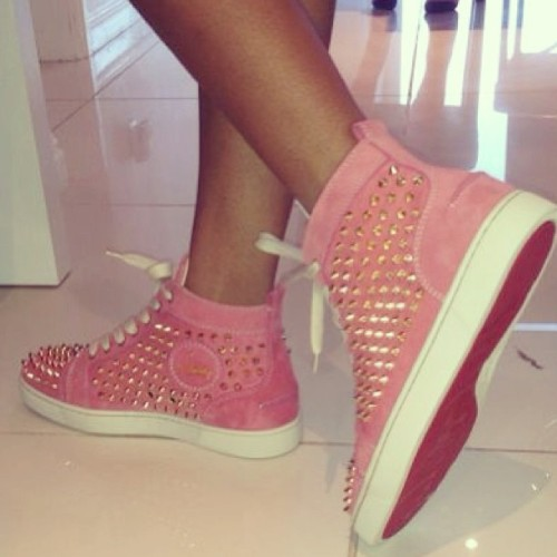 belizean-fashionista:  nyhabingie:  Need these in my life.  agree^^