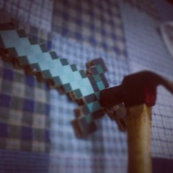 Working on my #sword #minecraft #geek #gaming #diamond #diamonds #hammer #imthorsonofodin