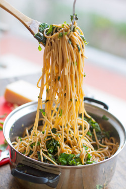 prettypasta:  Garlic Butter Spaghetti with Herbs, II