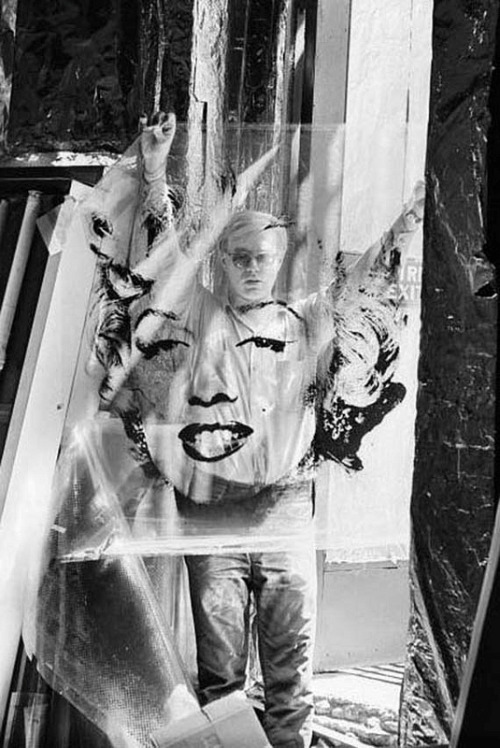 Andy Warhol with his famous Marilyn design, 1964 © William John Kennedy