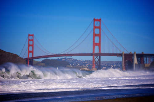 """ Waves Breaking At Baker Beach ""  …  Photographer:  Florian"