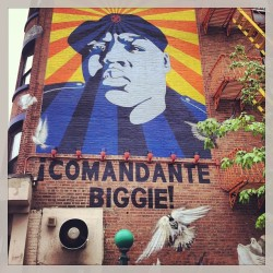 ¡COMANDANTE BIGGIE! #Brooklyn #Biggie #streetart #graffiti