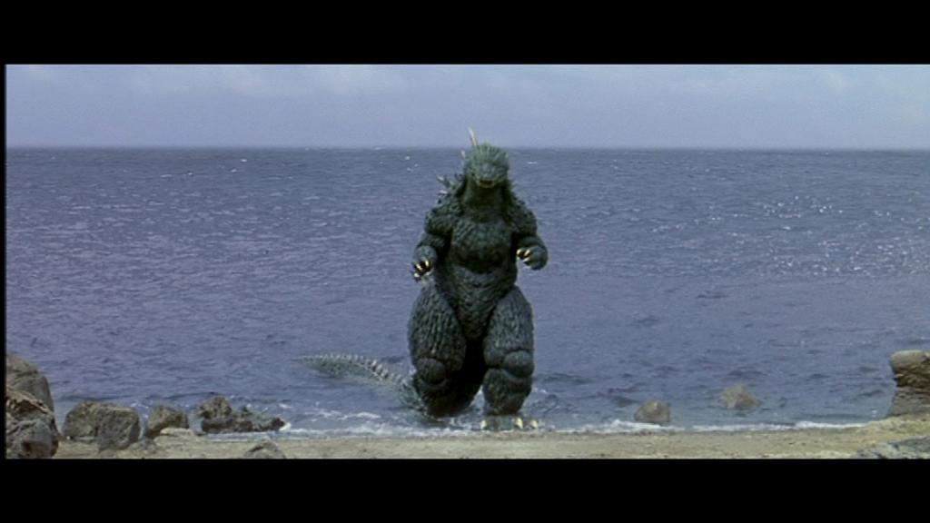 Godzilla vs Megaguirus  2000  dir  Masaaki TezukaDisaster Year 20XX    Godzilla 2000 Vs Megaguirus