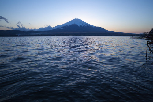 "(via 500px / Photo ""Mt. Fuji and Lake Yamanaka"" by Dan Nagasaka)"