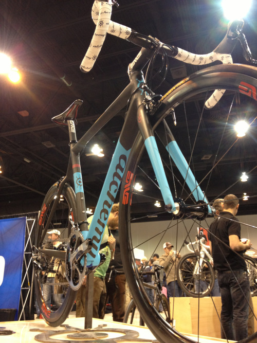 mistakenpain:  My favorite paint scheme at #NAHBS, Denver based Alchemy Bikes. Well done lads.