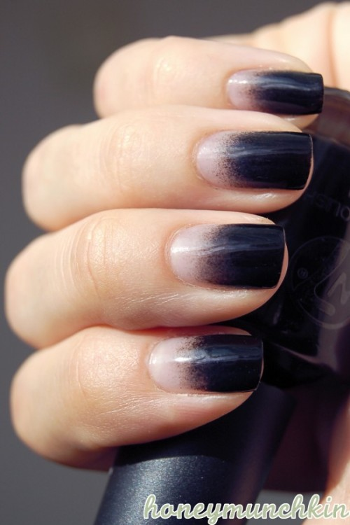 (via Quick Black Gradient | honeymunchkin)
