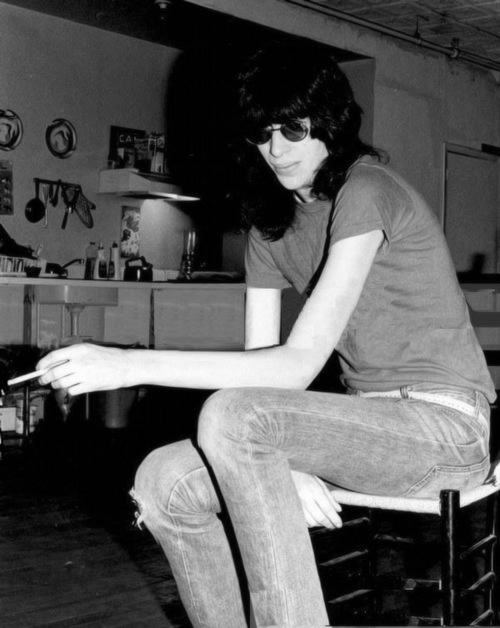 jeffryhyman:  Joey Ramone photographed by Roberta Bayley