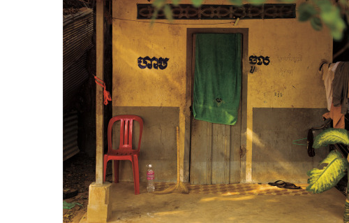 GREEN TOWEL / ANGKOR © JPDOMINGUE