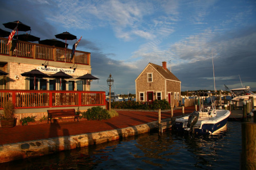 Downtown Edgartown (by stickyhipp)