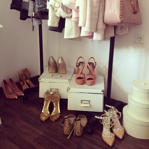 fashionstyleblogs:  Photo