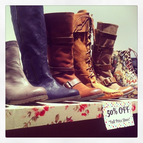 Shoes Sale still on!! 50% off all shoes and boots! #hugesale #shoppop #williamsburgdeals (at Pop Shop)