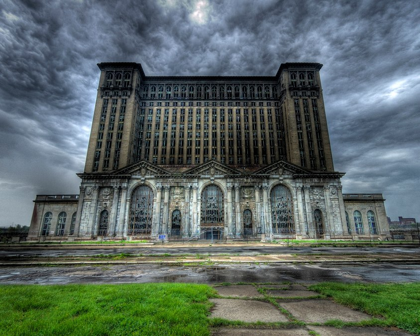 ufansius:  Michigan Central Station - Detroit, Michigan
