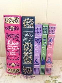 ifreakinlovebooks:  Barnes and Noble Children's Leatherbound Classics.