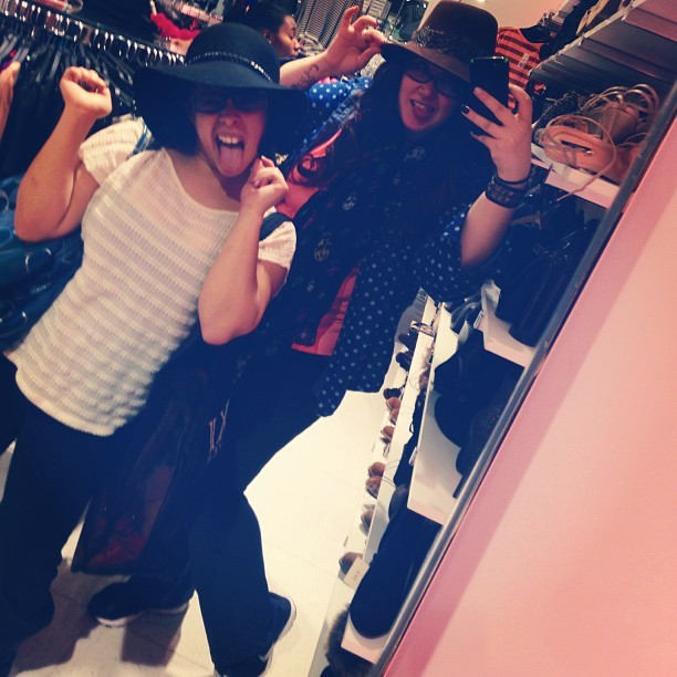 @adorablerayy & I at zee #shorthillsmall trying on some #hats in #forever21!! #dorkstatus #ladies #girls #shopping #mall #21forever #XXIforever #memyselfandi #pretty #sillyfaces #friends