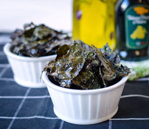 findvegan:  Salt & Vinegar Kale Chips