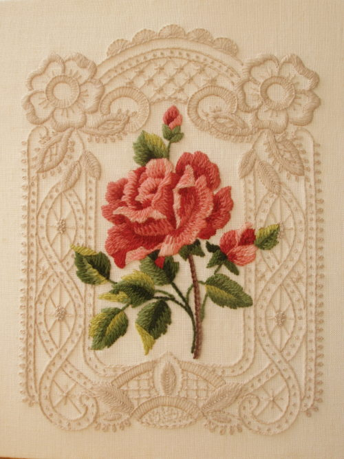 fibrearts:  El Rose Lace by Works of Hands