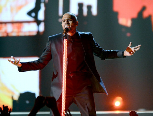 Chris Brown performing at the 2013 BBMA's tonight