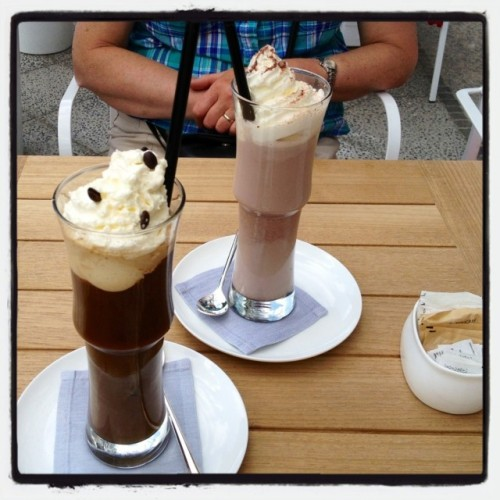 Eiskaffee at Romanisches Café by Econet46 on EyeEm