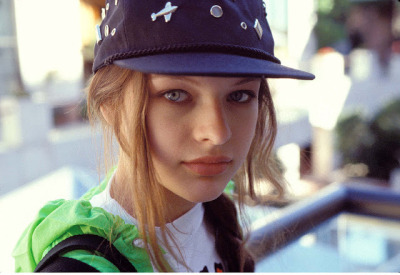 wulpse:  wulpse:  Milla Jovovich when she was younger.  reblog this pic one more fukkin time see what happens