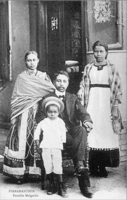 Fianarantsoa, Malagache family, c. 1910 [Source: Smithsonian Archives]