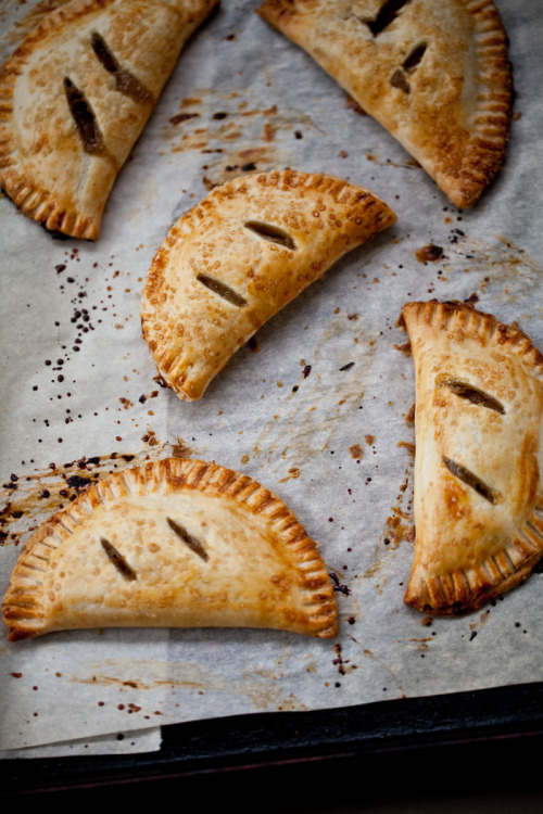 spiced pear hand pies: recipe here