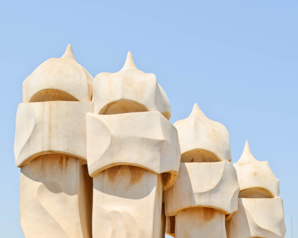 travelingcolors:  Casa Mila (La Pedrera), Built in 1912, Barcelona | Spain (by Antoni Gaudí | Photos by Samuel Ludwig)  I want to see the beauty of this in person.