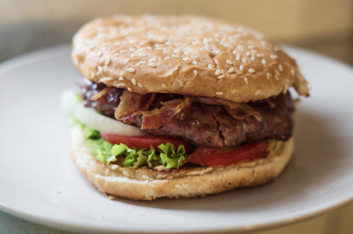 tidepullsfromthemoon:  Homemade Burger with grilled Angus Beef, Bacon and Chipotlesauce
