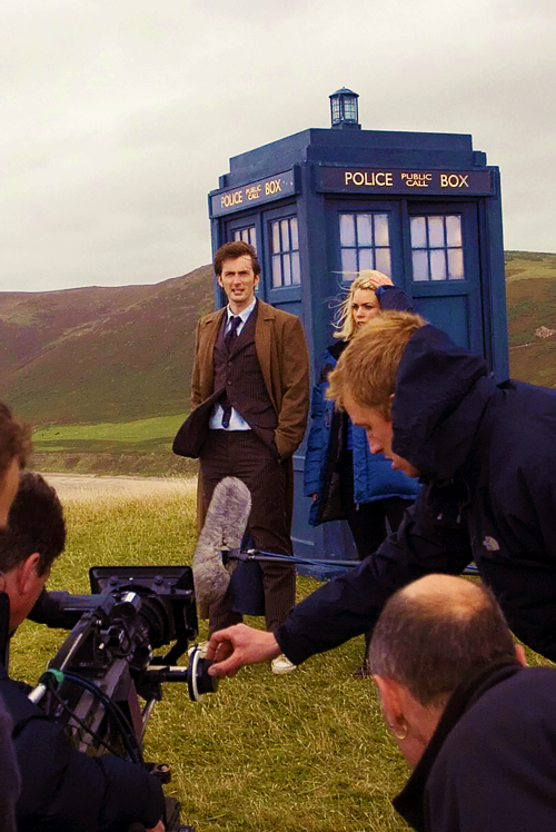 Doctor Who: Behind the Scenes → 28/100