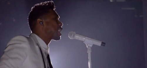 "beintheloop:  New Video: Miguel Performs ""Adorn"" Live At 2013 Billboard Music Awards. Miguel was another performer at the 2013 Billboard Music Awards as he did his hit single 'Adorn'. During his performance, he attempted to jump across the stage and ended up leg dropping a fan. That didn't stop Miguel as he continued to perform. (click here to watch full performance)"