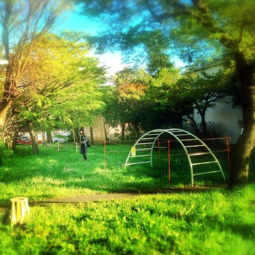 阿佐ヶ谷住宅 #阿佐ヶ谷住宅 #iphoneography #iphoneonly #iphonesia #IGers #instagramers #iPhone5 #instagood #instamood #instadaily #IGdaily #IGnation #instago #instacanvas #instagramhub #webstagram #statigram #photooftheday #bestoftheday #picoftheday #jj  (flickr.com/photos/djenzooooo/)