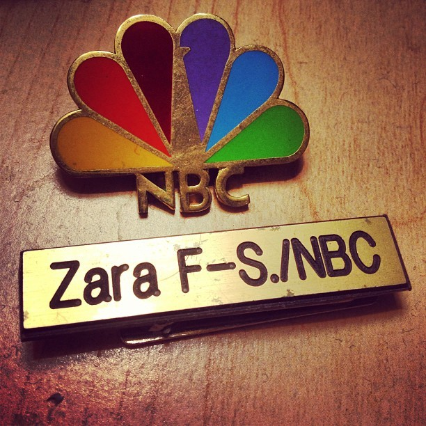 zarafs:  From one Page to another, goodbye 30 Rock. I'll miss you! (at Live Poultry Laughter)  No better way to watch the end of one of my favorite shows than with my favorite former Page!