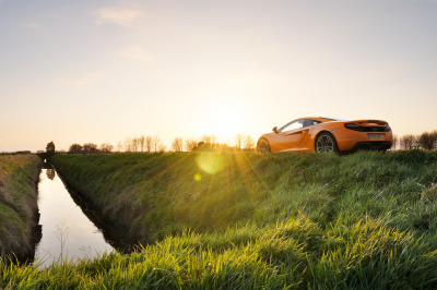 McLaren MP4-12C (by Ian Eveleigh)