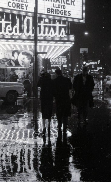 Rainy night, Randolph St, 1962, Chicago. Lee Balterman