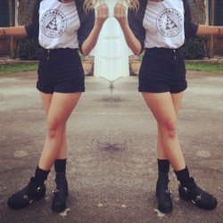 This is how I would style my logo baseball tee. Shorts: #americanapparel / Boots #jeffreycampbell