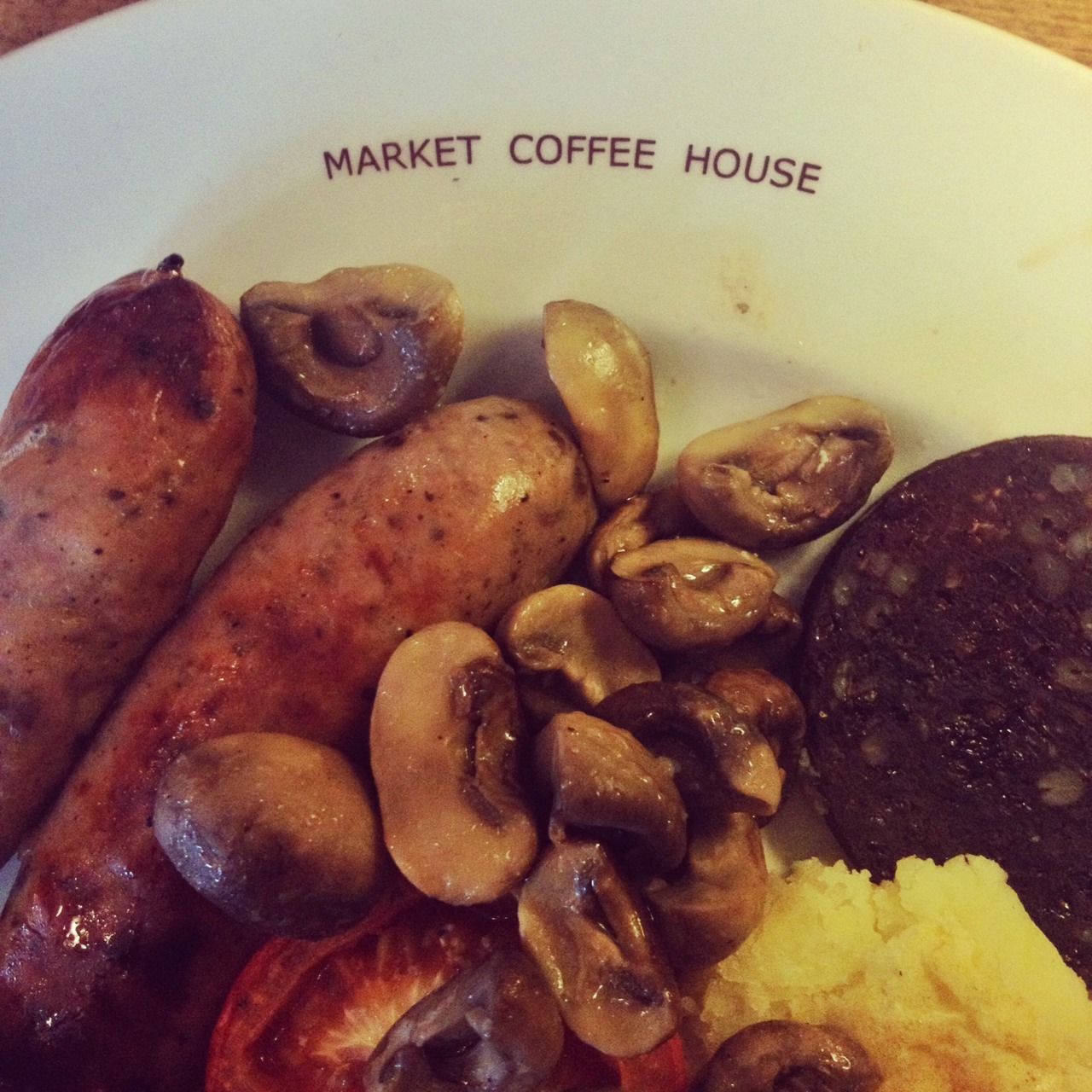 Market Coffee House: good breakfast.