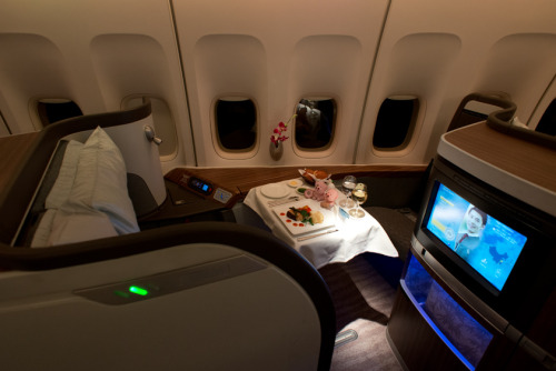 compareandfly:  Cathay Pacific First Class more pic