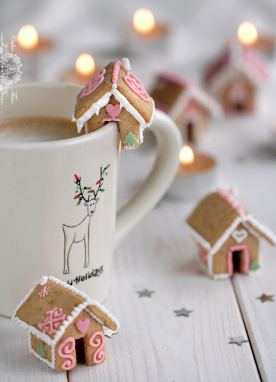 classymissmolassy:  Mini Gingerbread Houses Recipe & Template.   Omg. I celebrate Hannukah, but I'm pretty sure that this is one of the cutest things ever made!