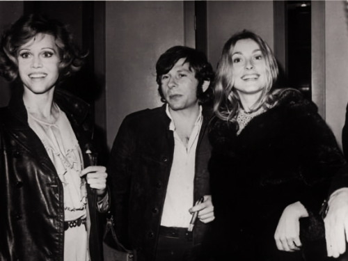 sharonandromanlove:  Jane Fonda, Roman Polanski, and Sharon Tate
