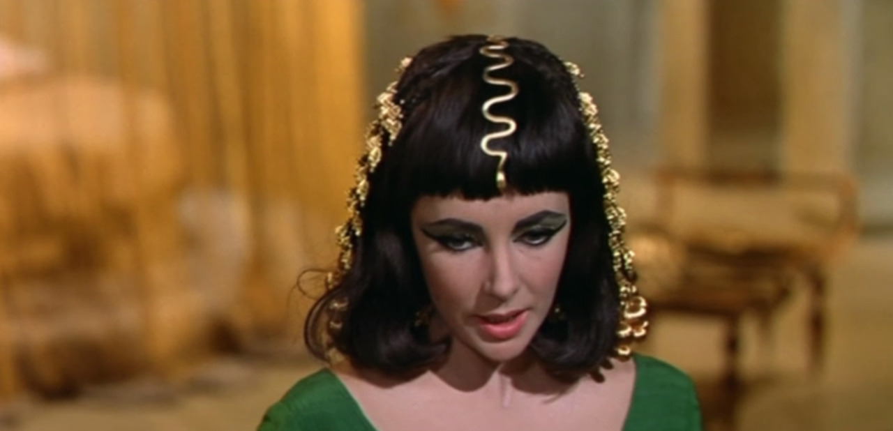 fashion-and-film:  Cleopatra (1963)