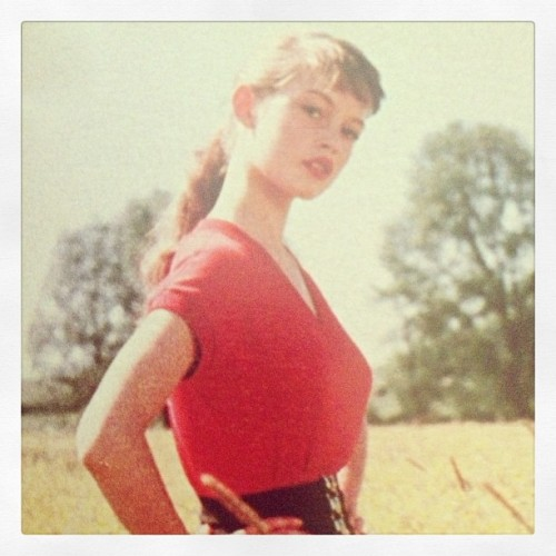 suicideblonde:  18 year old Brigitte Bardot
