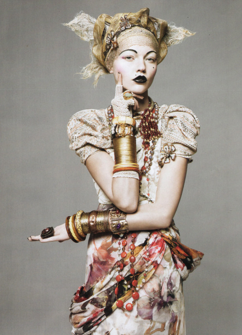 "stormtrooperfashion:  Sasha Pivovarova in ""The American Experience"" by David Sims for Vogue US, May 2010"