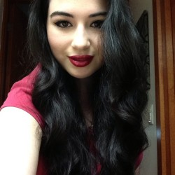 #lookoftheday #nofilter #longhair #curls #redlip #me  #selfie #makeup #simple #picoftheday #autopic